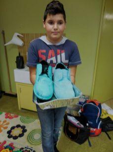 Matteo n'a eu le temps de finir qu'une chaussure !