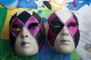 le masque de Mélanie et celui de Tim