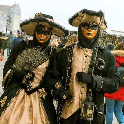 karneval Benátky 1