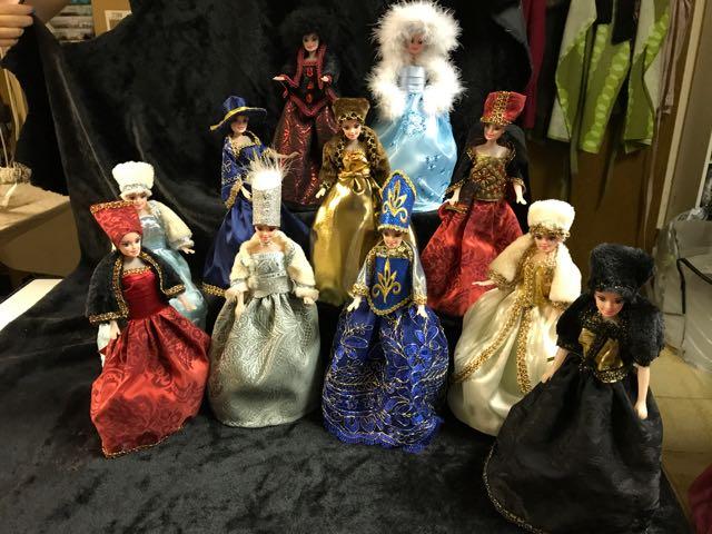 Préparation des Folies vénitiennes 6: Des costumes miniature !