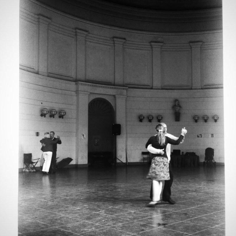 Es geht wieder los: #Tango im #Elisenbrunnen Instagram