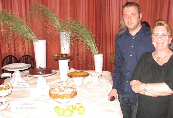 Haris Salčinović i članica stručnoga ocjenjivačkog suda Ivanka Biluš (Snimio Miljenko Brezak / Acumen)