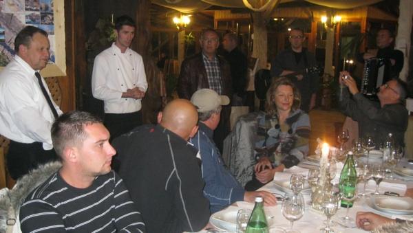 Chef Nikola Leko pričom je uvodio u svaki slijed (Snimio Miljenko brezak / Acumen)