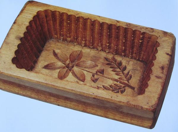 Kalup za maslac iz Brežanca iz 19. stoljeća - izložak muzeja