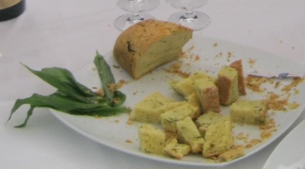Odličan kukuruzni kruh s medvjeđim lukom (Snimio MIljenko Brezak / Oblizeki)