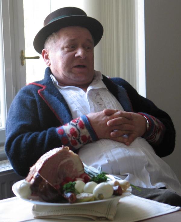 Ilija Jelović opisao je kako proizvodi slavonsku šunku u svome obrtu As iz Županje (Snimila Božica Brkan / Acumen)