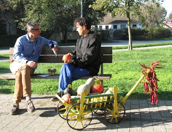 Izravno javljanje iz parka u središtu Ivanić Grada u TV-emisiju Dobro jutro, Hrvatska prije gastroradionice (Snimila Božica Brkan / Oblizeki)