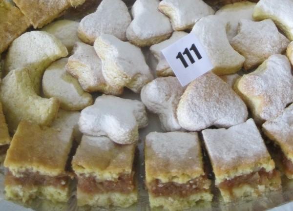 Na tanjuru s drugim starinskim slasticama (Snimio Miljenko Brezak / Oblizeki)