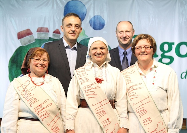 Pobjednice 8. Babičinih kolača (Fotografija Krapinsko-zagorska županija)
