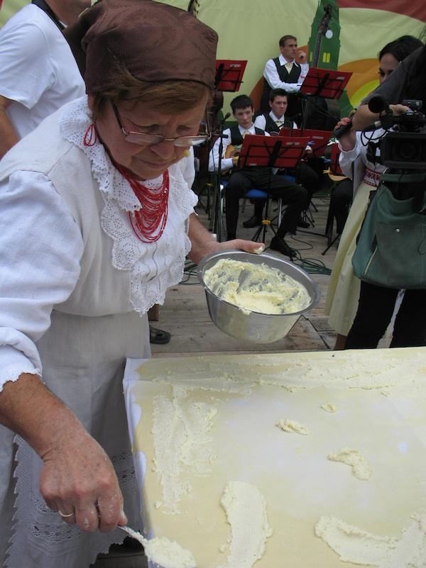 Marija Bračević, jedna od uspješnih sudionica Babičinih kolača, također je sudjelovala sa slovenskim kolegicama u prekograničnom gastroshowu (Snimila Božica Brkan / Oblizeki)