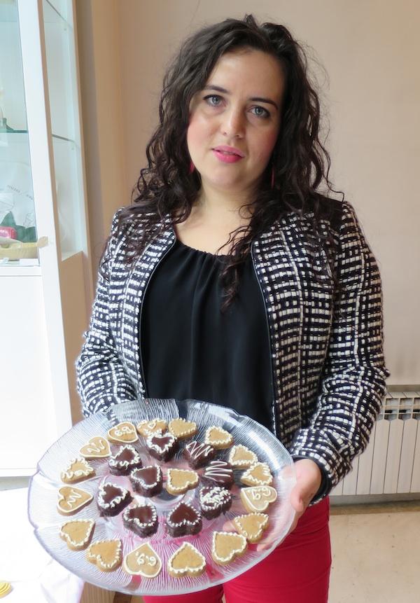 Maja Lajpold sa svojim kolačićima (Snimila Božica Brkan / Oblizeki)