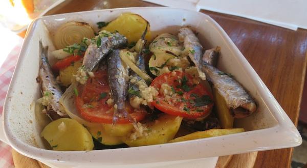 Jednostavna formula mediteranskoga načina prehrane u tanjuru (Fotogrfija Miljenko Brezak / Oblizeki)