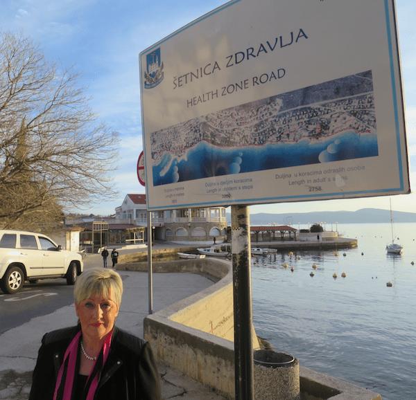 Dr. Vlasta Brozičević na Šetnici zdravlja u Selcu (Fotografija Miljenko Brezak / Oblizeki)