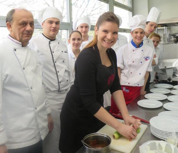 Iva Pehar, Mato Đurović i učenici budući kuhari (Fotografija Božica Brkan / Oblizeki)