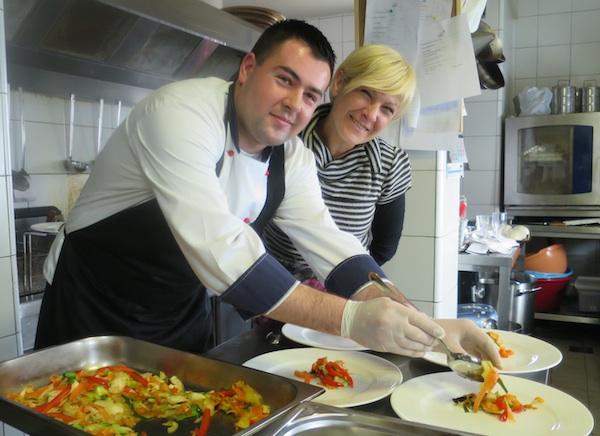 Chef kuhinje Matija Fijala i šefica ugostiteljstva Dalia Pažić (Fotografija Miljenko Brezak / Oblizeki)