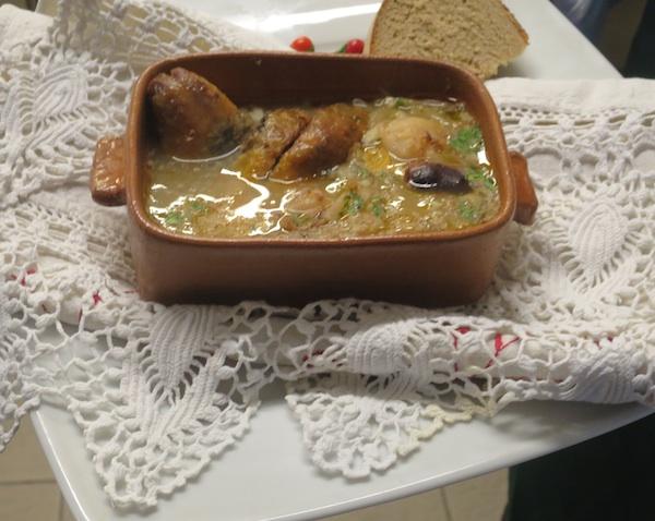 Kokošje je meso vrlo omiljeno u hrvatskoj kuhinji, pa i u kreaciji Zdenka Brlića s repom i heljdinom kašom (Fotografija Božica Brkan / Oblizeki)