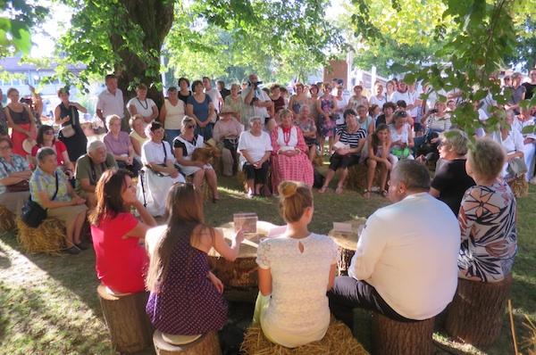 Publika je bila vrlo zainteresirana i na predstavljanju knjige (Fotografija Miljenko Brezak / Oblizeki)