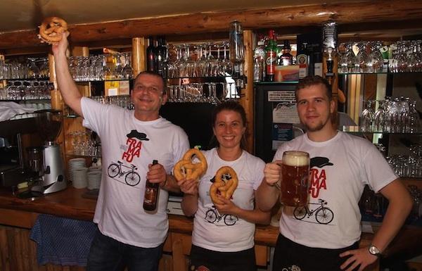 U Pubu neizbježno pivo, pereci i festival u čas Fra Ma Fua