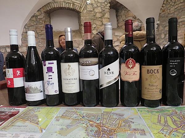 Označena znakom šafrana ponajbolja vina vilanjske regije (FotografijaBožica Brkan / Oblizeki)