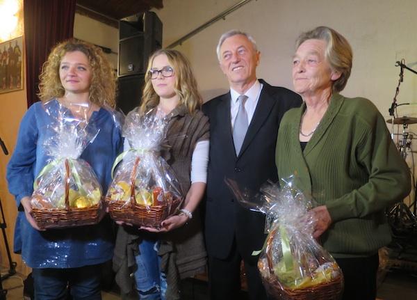 Obiteljska, opegeovska i laktečka ekipa sa županom Stjepanom Kožićem (Fotografija Miljenko Brezak / Oblizeki)
