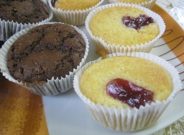 Crni i bijeli muffini (Fotografija Božica Brkan / Oblizeki)