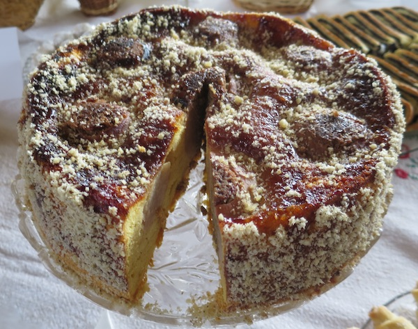 Pobjednička torta, tek načeta (Fotografija Božica Brkan / Oblizeki)