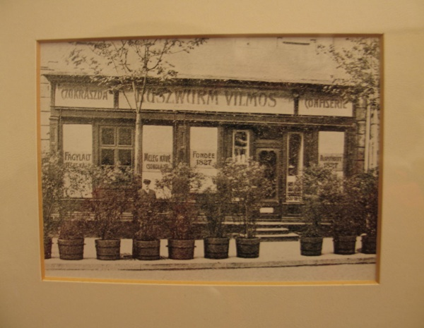 Stara fotografija nekadašnje slastičarnice (Fotografija Božica Brkan / Oblizeki)