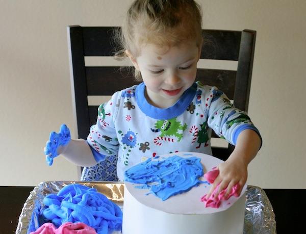 Torta od stiropora za kreativno izražavanja (Fotografija Pinterest)