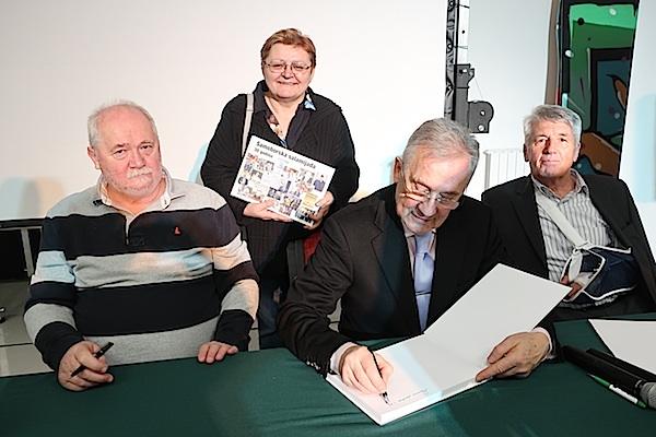 Za iduću monografiju nakon desetljeća urednica Oblizeka s trojicom potpisivača (Fotografija Miljenko Brezak / Oblizeki)