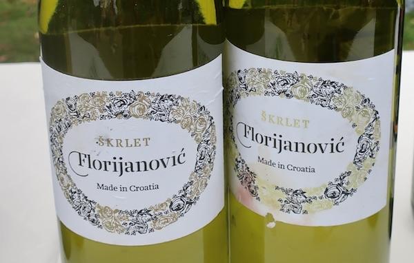 Etiketa Florijanovićeca škrleta (Fotografija Božica Brkan / Oblizeki)