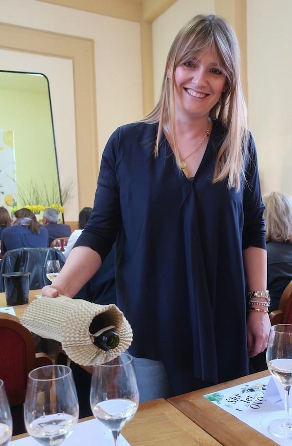Škrlet je blago na stolu, kako uz kontinentalna tako i uz mediteranska jela (Fotografija Miljenko Brezak / Oblizeki)