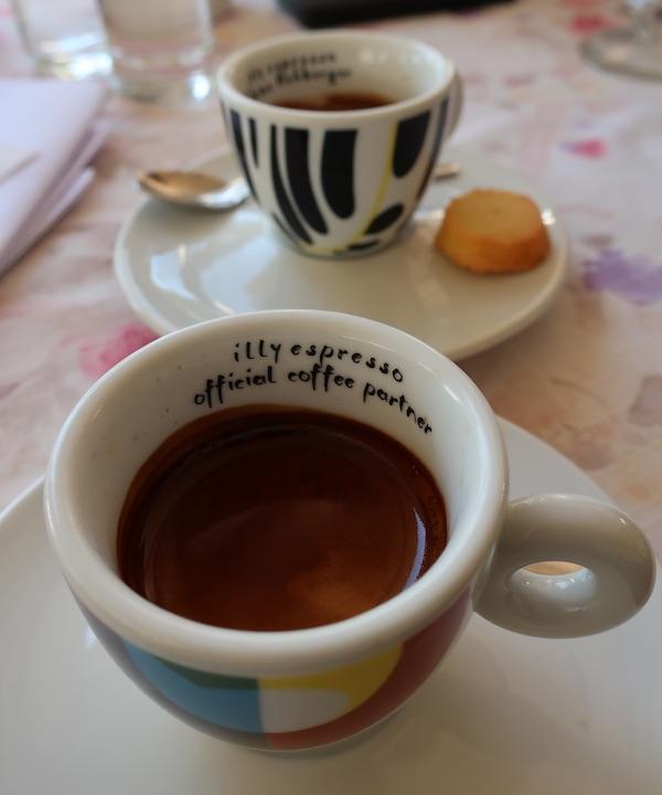 Espresso Illy u malinskarskoj Beleci (Fotografija Božica Brkan / Oblizeki)