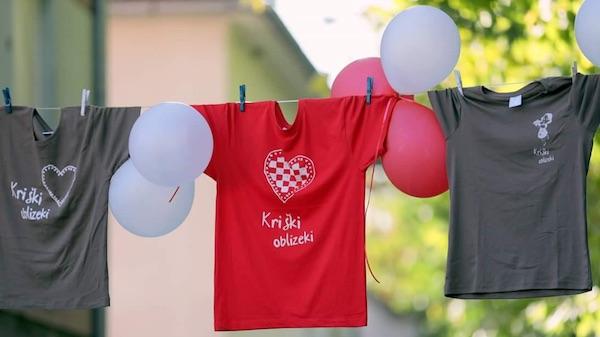 Majica s vatrenim srcem - dosad najzanimljiviji suvenir Kriških oblizeka (S Facebooka Ivane Posavec Krivec)