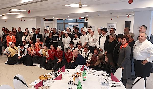Za sjećanje: svi sudionici (Fotografija Miljenko Brezak / Oblizeki)