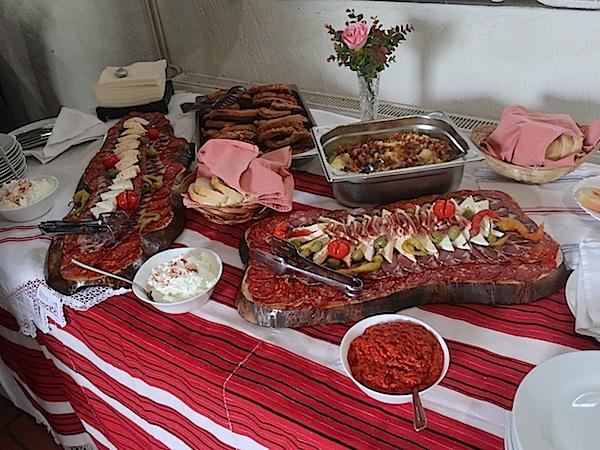 Slavonski žetveni doručak kao dio gastroponude (Fotografija Miljenko Brezak / Oblizeki)