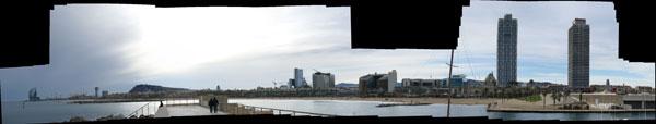 Panorámica de Barcelona desde el puerto deportivo