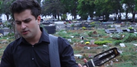 Amor De Cemiterio