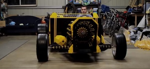 Carro de Lego