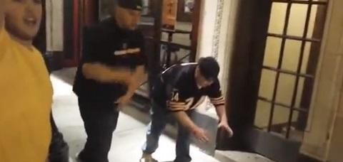 Dois bêbados tentando correr