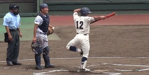 Um típico jogo de beisebol no Japão