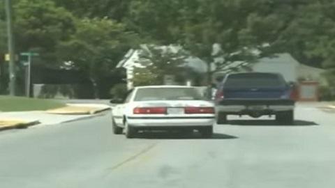 A pior maneira de rebocar um carro