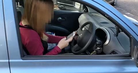 Nunca use o celular no trânsito, principalmente perto desse cara