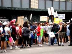 Rally in front of the State Building, Union Street, San Diego, April 19 2008