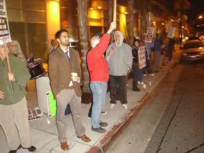 Anti-Afghan demo 12-02 002-sm-street