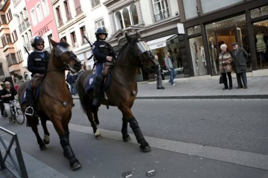mounted  police patrol SD 02