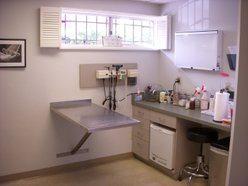 vet inside clinic