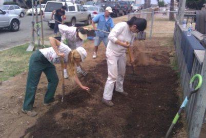 garden volunteers Pescadero jc 01