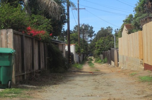 OB District 7 alley west