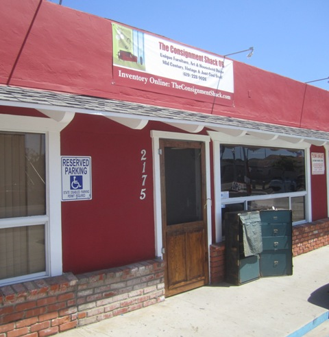 OB Around town 6-11-14 Consignshop01a