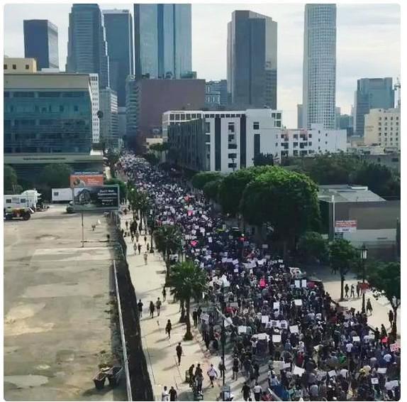 trump-protest-la-11-12-16